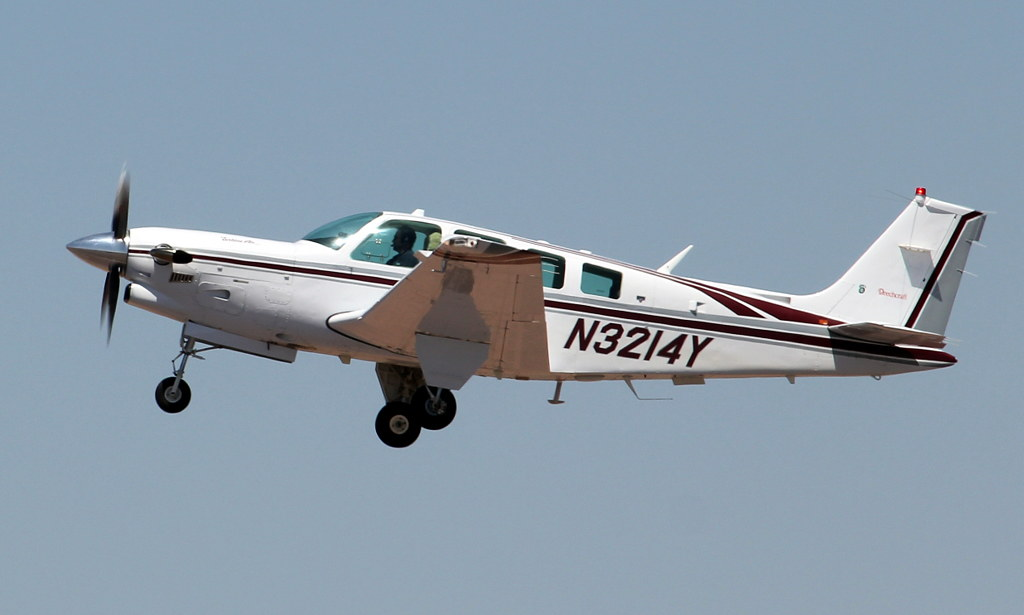 The World's Best Photos of aircraft and beech36 - Flickr