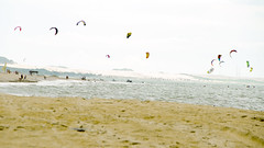 Cumbuco (Shigow) Tags: brazil kite praia beach brasil nikon mine surf victor sp fortaleza ceará 18200 pipa ce shigueru ituverava d7000