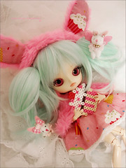 Happy Easter with Candy!~<3 (Paula ~) Tags: pink cute bunny easter doll mint dal maretti coolcat leeke obitsu 23cm rewigged rechipped