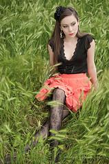 (Diana Gilrean) Tags: roma green primavera girl beauty up fashion spring model glamour pin alice country erba lolita prato spiga surreale