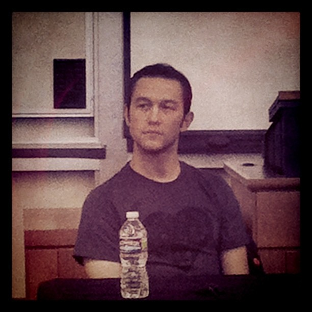 Joseph Gordon-Levitt by bovinity