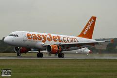 G-EZBG - 2946 - Easyjet - Airbus A319-111 - Luton - 100825 - Steven Gray - IMG_2291