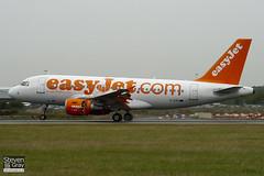 G-EZII - 2471 - Easyjet - Airbus A319-111 - Luton - 100825 - Steven Gray - IMG_2267