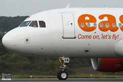 G-EZEW - 2300 - Easyjet - Airbus A319-111 - Luton - 101018 - Steven Gray - IMG_3687