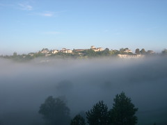 Pujols 4 saisons (otgrandvilleneuvois) Tags: panorama heritage vue brouillard patrimoine pujols
