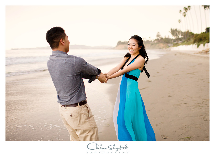engagement session at butterfly beach