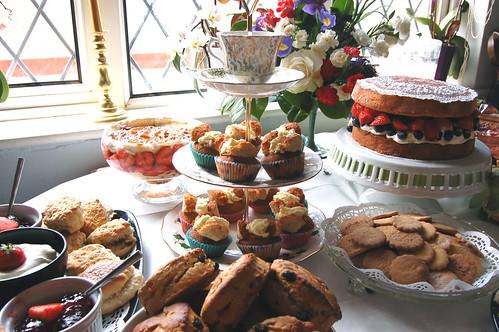 Cake stand 2