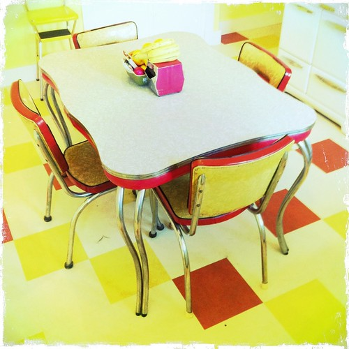 late 1940's kitchen table set