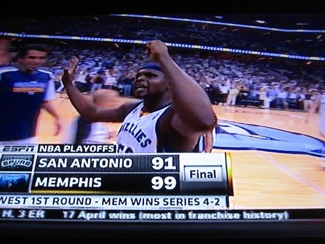 Grizzlis Win