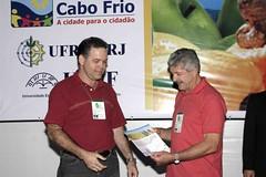 José Jaime recebe o prêmio do Prof. Moacir Pascoal