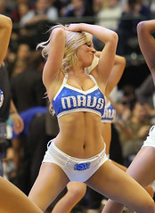 Mavs Dancers - Mavericks v. Clippers 1-25-11 (51) (MattyV53) Tags: basketball la dallas losangeles dance dancer cheer cheerleader bball americanairlinescenter nba clippers mavs mavericks dallasmavericks aac losangelesclippers laclippers matthewvisinsky mattyv53 mattvisinsky mavsdancer