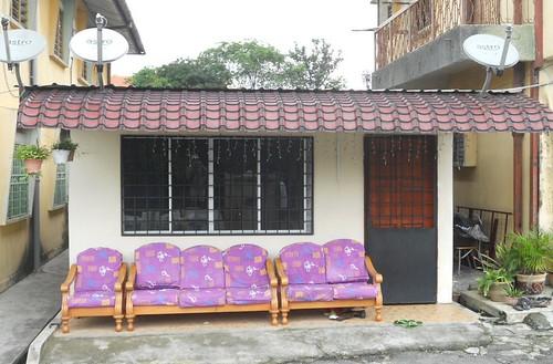 strange astro couch sofa kualalumpur armchair kl facing satellitedishes kampungbaru