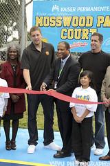 David Lee Ribbon Cutting (Vethod) Tags: california park ca new york david basketball oakland golden state 10 national lee cutting warriors ribbon courts players nba association knicks mosswood davidlee gsw nyk bobfitzgerald alvinattles