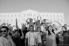 (spirofoto) Tags: people square greek photo foto fotograf fotografie photographer metro photos internet journal protest photojournalism greece international staff fotos revolution imf aus anti griechenland proteste journalism bilder memorandum reportage athen fund verkauf monetary syntagma freelancer fotoreporter aufstand nachrichten griegos aktuell occupy sintagma vermittlung fotojournalismus spirofoto          indignados           indignadosgriegos