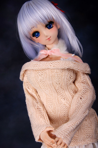 Knitwear girl by toel-uru