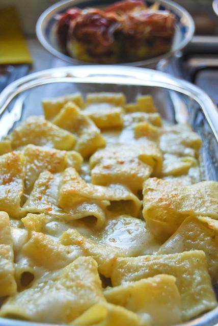 Calamarata al forno crema di gambi di carciofo