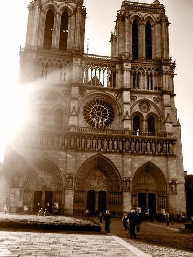 <span>parigi</span>Notre Dame<br><br><p class='tag'>tag:<br/>luoghi | parigi | viaggio | </p>