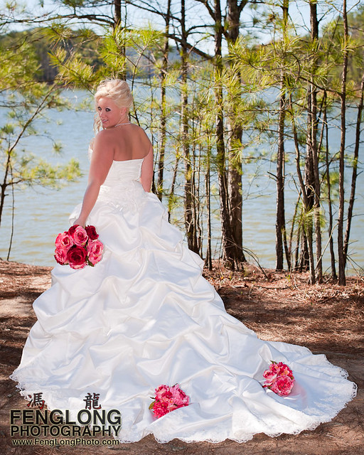 The Dress | Jennifer & Derek's Red Top Mountain Wedding, Cartersville, Georgia [Atlanta Wedding Photographer]