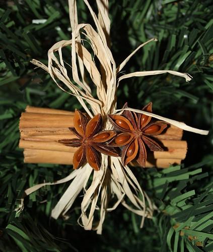 Cinnamon Anise Cluster