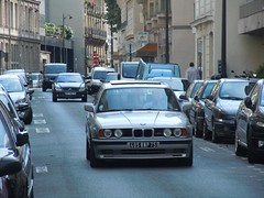 Streets of Paris, Bmw M5 Touring (325ixTouring) Tags: paris streets film de plate license bmw 75 arrondissement rues m5 touring e34 ronin