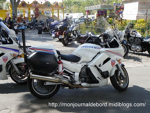 Moto police  2