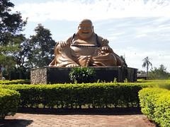 Templo Budista de Foz do Iguau (Rodrigo_Soldon) Tags: brazil paran statue brasil de temple do buddha buddhist buddhism bouddha pr budda estatua statua buda foz templo standbeeld esttua tempel iguaz bouddhisme tempio budismo iguau budista   buddista standbild boeddha buddhismus    buddhahood buddhistischer buddismo bouddhiste
