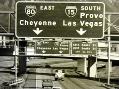 southbound I-15 approaching US-40A/50A, late 1960s (CountyLemonade) Tags: new sign utah construction ramp south saltlakecity 600 freeway 1960s i80 i15 interstate80 interstate15 buttoncopy biggreensign