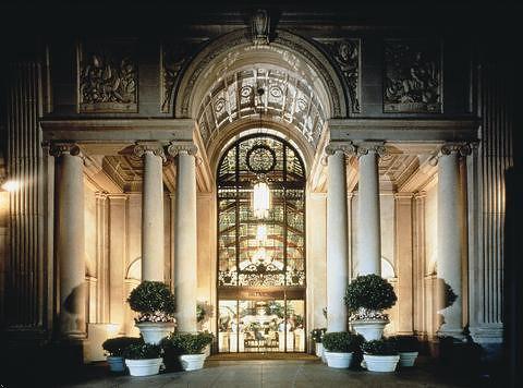アフタヌーンティーで人気のホテル ミレニアム ビルトモア ホテル ロサンゼルス