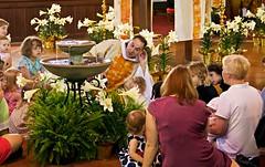 Listen to the Children (Gerg1967) Tags: flowers church water fountain easter children altar lilies pastor canoneos60d stjohnslutheranchurchatlanta
