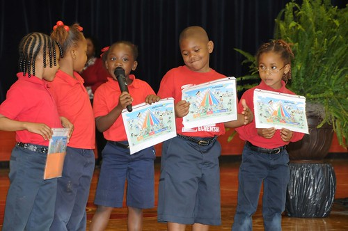 Students at F.S. Ervin Elementary School in Pine Hill, Ala., talk about the benefits of healthy eating at their HealthierUS School Challenge Gold Award of Distinction Ceremony (USDA photo by Debbie Smoot).