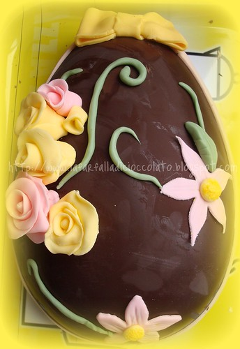 Uovo di Pasqua con pdz