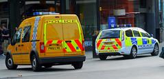 DSC_0066 (PSYGMON 7) Tags: e1 services merseysidepolice pn10lvr pn10lbu policeambulanceemergency