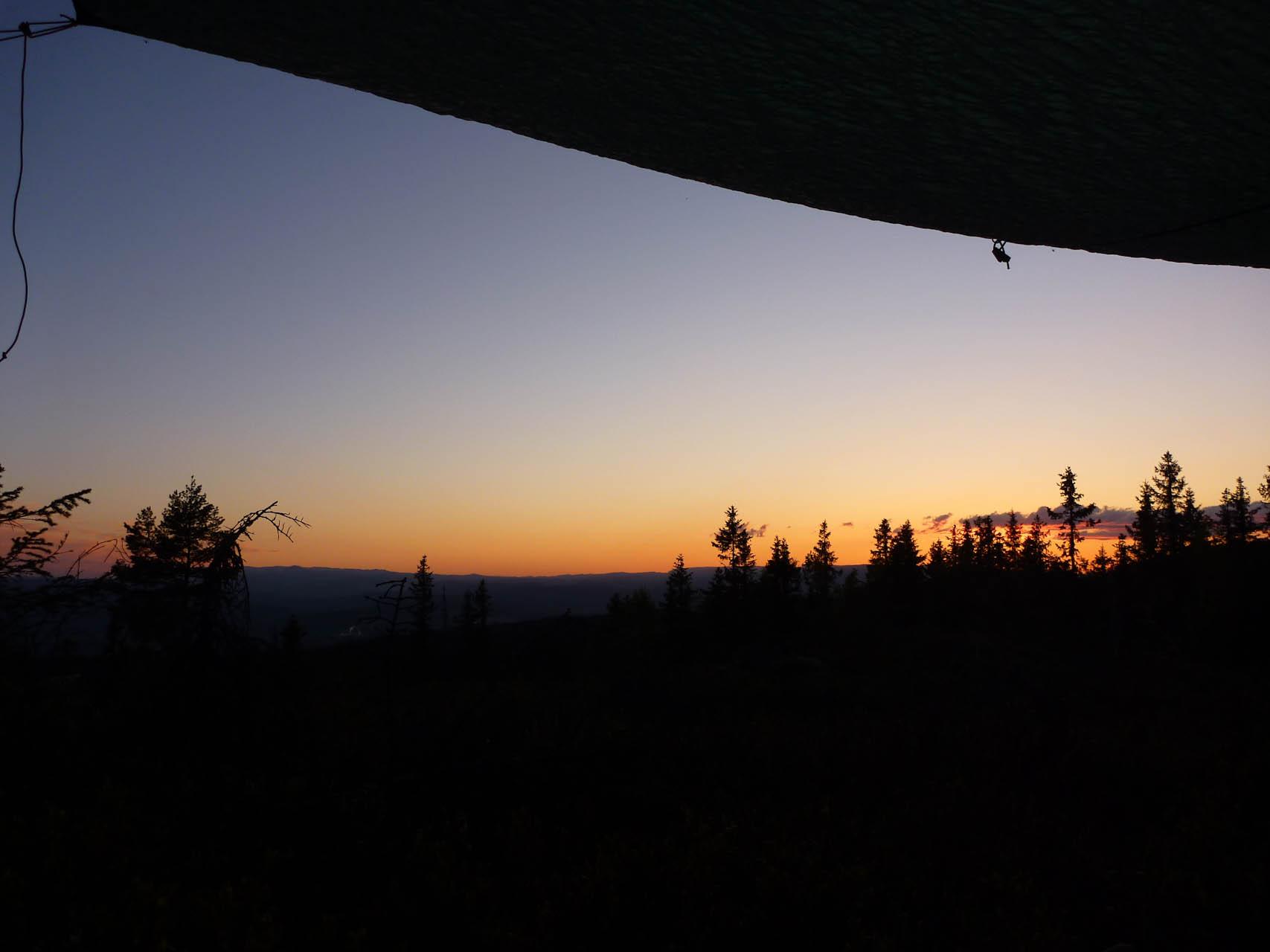 Solnedgang over Hole og Ringerike