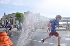 DSC_4739 (Independence Blue Cross) Tags: philadelphia race community marathon running health runners bsr philly broadstreet ibc dailynews bluecross 2011 ibx broadstreetrun independencebluecross 10 bluecrossbroadstreetrun ibxcom ibxrun10 miler