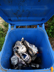 MalibuWaterfallD20 () Tags: trash waterfall shoes malibu
