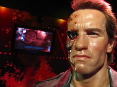 Arnold Schwarzenegger/Terminator figure at Madame Tussauds Hollywood (Loren Javier) Tags: california me losangeles hollywood terminator madametussauds arnoldschwarzenegger lorenjavier madametussaudshollywood