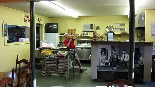 ally's pizzeria