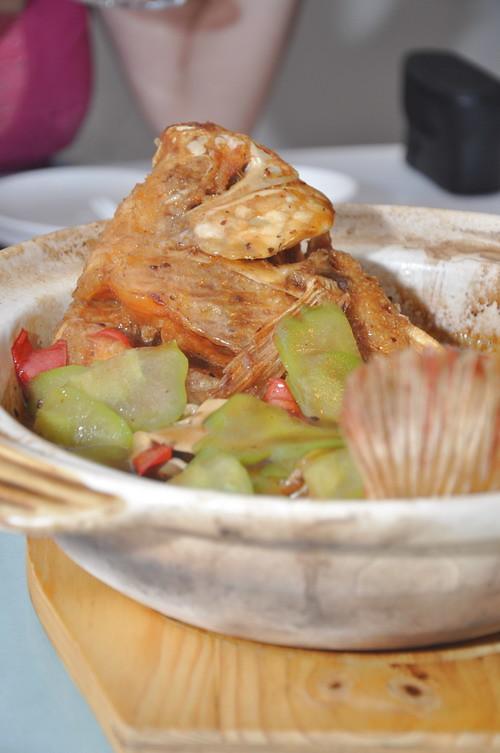 Claypot fish with bittergourd