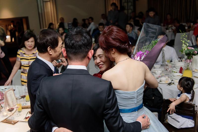 國賓婚攝,台北國賓,國賓飯店婚宴,新秘Miko ,婚攝小勇,台北婚攝, 愛瑞思新娘秘書造型團隊,西敏英國手工婚紗,小寶工作室-083