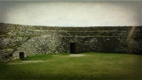 Inside An Grianan II