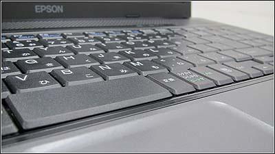仕事に使いやすいテンキー付きノートパソコン「Endeavor NJ3350E」
