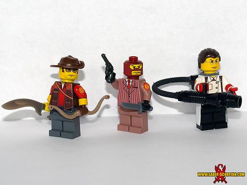 Custom minifig LEGO TF2: Sniper, Spy Medic