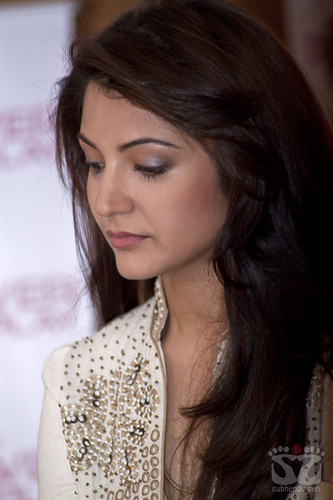 Anushka Sharma-Anushka Sharma Photo Gallery, Pictures, image