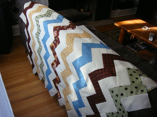 Charlie Brown Zig Zag Quilt