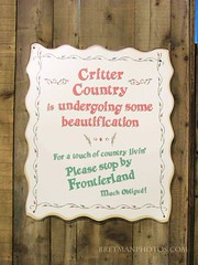 Bretman Photos:Critter Country Closed Sign (Bretman Photos) Tags: pictures california signs digital movie photos disneyland images adventure posters tron ditial bretman
