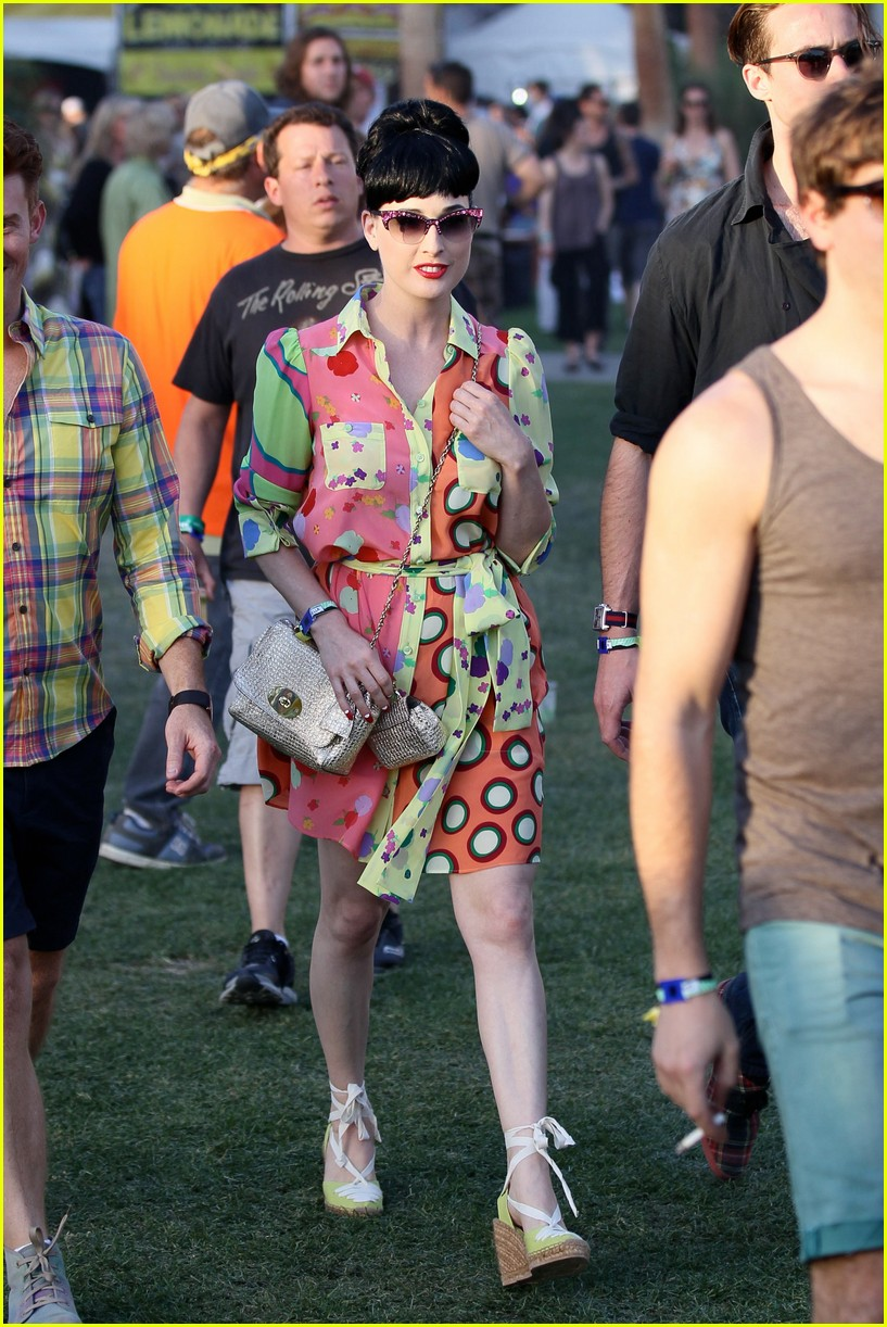 coachella celebs day 1 11 150411