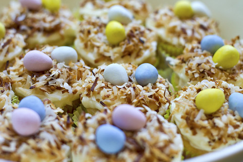 coconut easter cupcakes 2