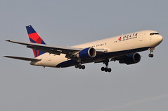 Delta Air Lines - Boeing 767-300ER - N16065 - John F. Kennedy International Airport (JFK) - April 9, 2011 2 408 RT CRP (TVL1970) Tags: airplane geotagged nikon aircraft aviation delta jfk boeing airlines ge 767 airliners jfkairport generalelectric boeing767 kennedyairport b767 767300 deltaairlines gp1 d90 767332 767300er johnfkennedyinternationalairport b763 cf680 boeing767300 cf6 jfkinternational kjfk nikond90 nikkor70300mmvr 70300mmvr 767332er n16065 themounds boeing767300er generalelectriccf6 nikongp1 cf680c2b6f