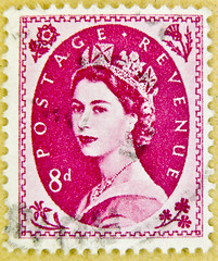 great stamp wilding GB 8D 8d UK (8 pence) red Queen Elizabeth QEII royal pence penny Elisabeth england uk great britain united kingdom postage revenue porto timbre bollo sello marke briefmarke stamp pre decimal 8d Windsor (stampolina) Tags: uk greatbritain red portrait england rot postes rouge rojo purple unitedkingdom stamps retrato royal 8 lila queen stamp vermelho lilac porto windsor crown rd portret timbre rosso commonwealth postage franco qeii  queenelizabeth merah selo bolli  queenelisabeth  sello wilding grossbritannien piros    briefmarken  markas krmz   francobollo frimrker portr timbreposte francobolli bollo pullar   znaczki  frimaerke    mu   yupio  blyegek postacreti postestimbres