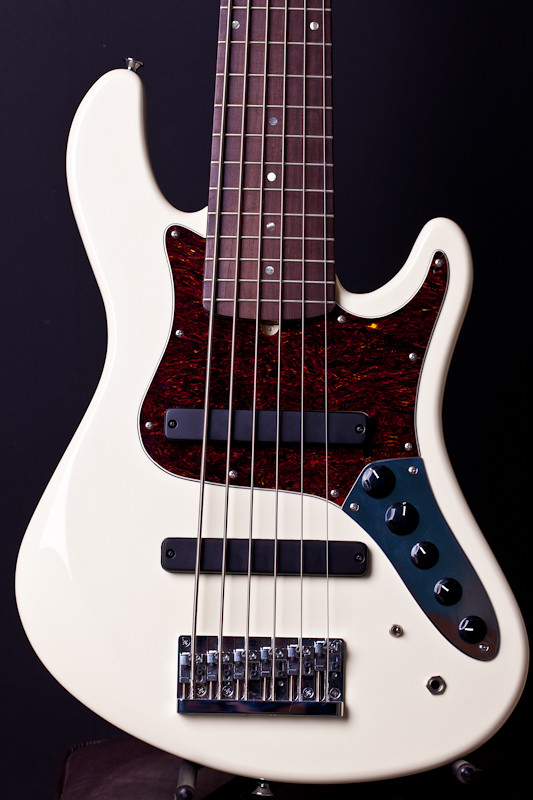 Reforma Jazz Bass 5672496888_ceeef02e1d_b